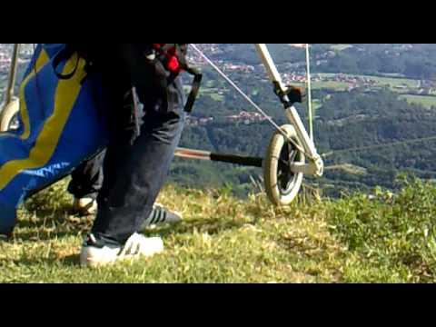 Deltaplano - Lancio Mr.Goodkat @ Volo Libero Bergamo