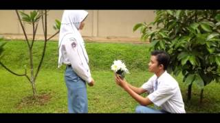 Video Film Pendek Cinta Anak SMA download MP3, 3GP, MP4, WEBM, AVI, FLV Juli 2018