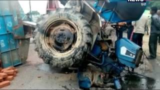 VIDEO: बेकाबू ट्रक ने हाईवे पर खड़े ट्रैक्टर-ट्राली में मारी टक्कर, ड्राइवर घायल