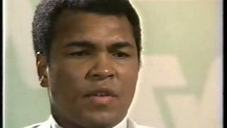 An afternoon with Muhammad Ali ...chatting with Sir Bob Jones and Pete Montgomery