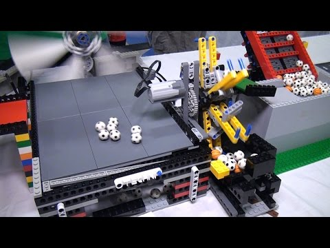 LEGO great ball contraption / Rube Goldberg - BrickFair Virginia 2015