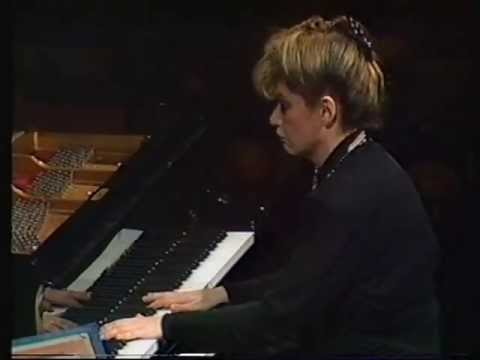 Bartok: Piano Concerto No 2 - Idil Biret, Sydney Symphony Orchestra, Sir Charles Mackerras conductor