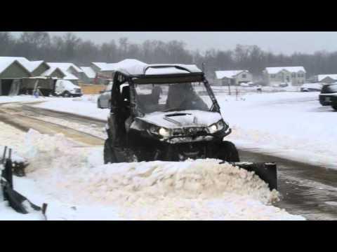 can-am-commander-denali-snow-plow-doing-work!!