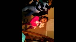 Best vine ever lil princess leilani and malia and