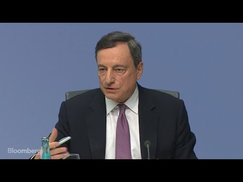 Draghi Hits Back at Mnuchin in Global Currency War of Words
