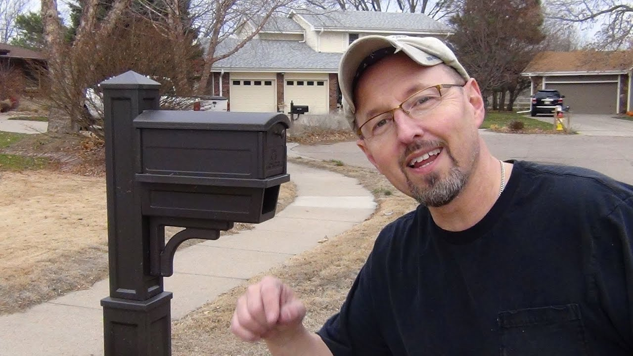 How To Install A Curbside Mailbox And Post Youtube