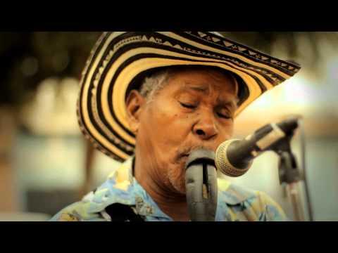 (HD) PAITO / LA CAMA BERROCHONA : AMPLIFICADO (COLOMBIA) EN VIVO