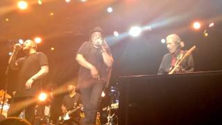 UB40 - rat in mi kitchen Live in Ottawa, Ontario, Canada CITYFOLK 2015