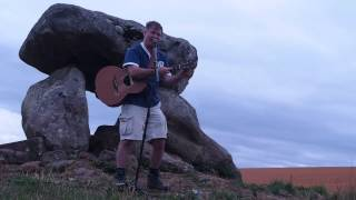 Nick Harper - A Wiltshire Tale (String Repair Version) - Devils Den Rocks 2013