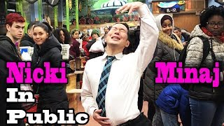 SINGING IN PUBLIC - NICKI MINAJ (Twerk in Public!!)