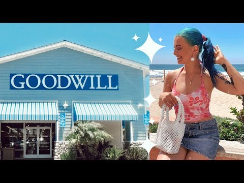COME THRIFTING WITH ME TO GOODWILL IN SAN DIEGO