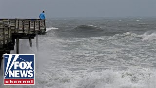 Outer bands of Hurricane Florence rock North Carolina coast
