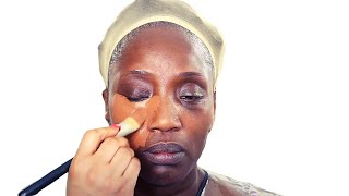 I TRANSFORMED  @SHOLAVICTORSAJOWA|NIGERIAN ARTIST INTO A POPPING NIGERIAN QUEEN| MAKEUP AND GELE
