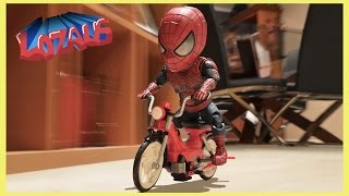Repeat youtube video BABY SPIDERMAN Stop Motion Video with Stormtrooper & Venom
