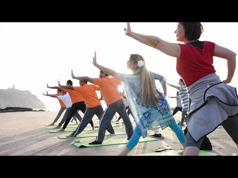 Middle East Embraces Yoga: Sri Sri School of Yoga Trains Teachers in Oman