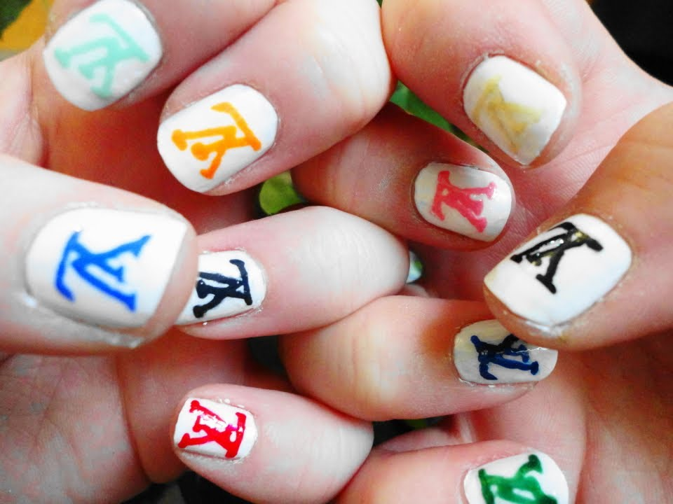 Louis Vuitton Monogram Nail Tutorial Without Stickers - YouTube