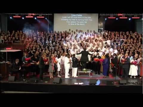Total Praise - 1500 singers - Stockholm Gospel Mass Choir