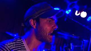 Streetlight Manifesto - Linoleum (NOFX) (Live in Sydney) | Moshcam