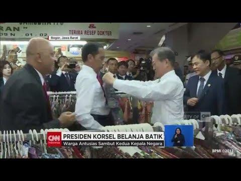 Jokowi Ajak Presiden Korsel Belanja Batik