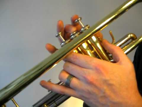 How to play the Trumpet F Sharp Major Scale (Concert E) | Buzzing it