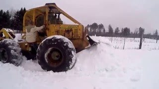 Clark 666c Skidder Cold start and drive