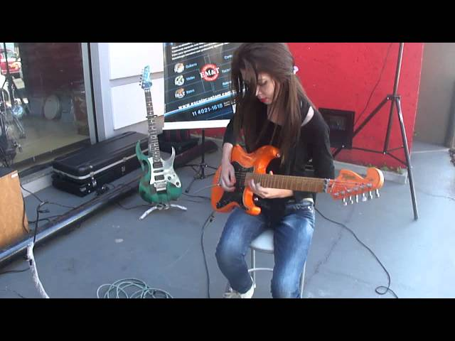 Andressa Marques @ Transa Som Instrumentos (29/06/2013) 2/4 Travel Video
