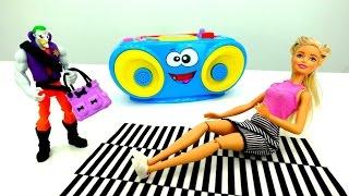 Игры в куклы Барби и спорт. Видео для девочек на Лайкландии