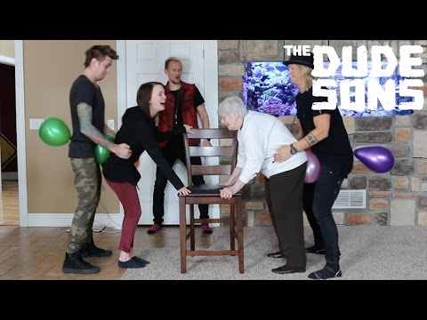 Thumbnail: Balloon Hump Challenge - The Dudesons