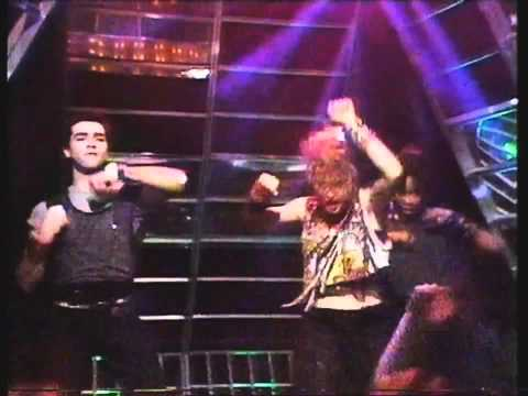 Madonna - Holiday (Live on Top Of The Pops 1984)
