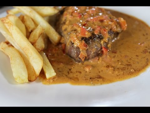 À la carte - Steak met Stroganoffsaus en frietjes