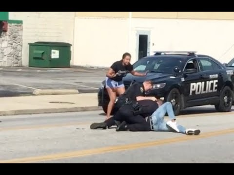 Ohio Cops Brutally Beat A Man During A Traffic Stop.