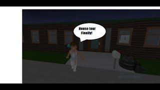My BloxBurg house tour | Roblox | BloxBurg | Chloe_Playz