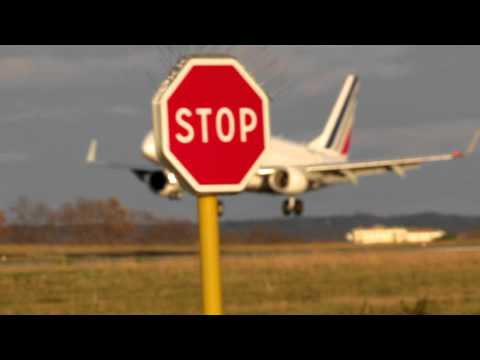 Biarritz Airport (LFBZ) Atterrissage Embraer Air France || Landing