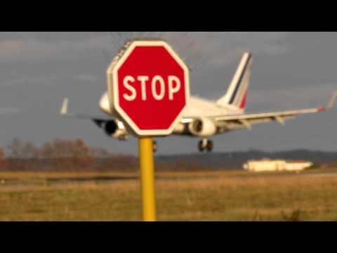Biarritz Airport (LFBZ) Atterrissage Embraer Air France || Landing