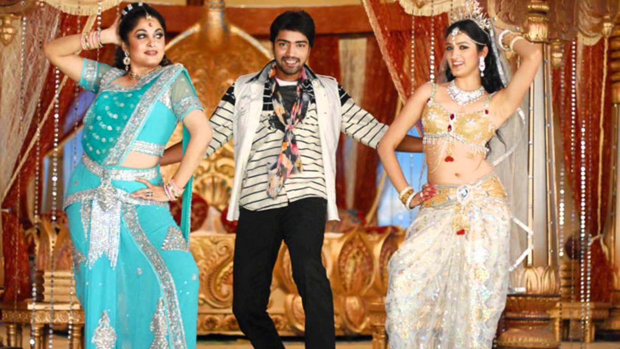 ramya krishnan hot navel slip and richa panai navel and cleavage show ...