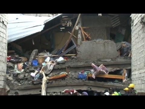 Al menos 10 muertos tras derrumbe de edificio en Kenia