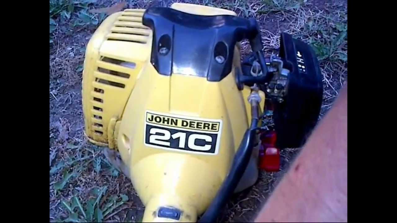 John Deere 21c Weed Trimmer