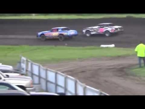 Fiesta City Speedway Feature 7-31-15