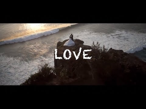 Nick de la Hoyde - Hold Me Close (Official Lyric Video)
