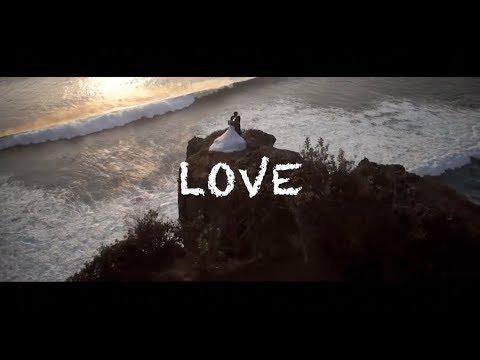 Nick de la Hoyde  Hold Me Close   Video