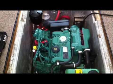Volvo Penta D1-30 in Roberts Longboat 21