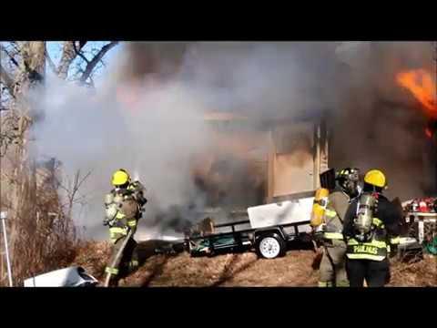 House fire, Weiden Road, Waterloo, Iowa Dec. 12, 2017
