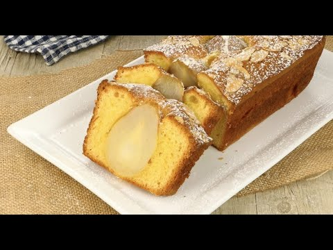 Pear cake: the perfect, soft, and tasty autumn dessert!