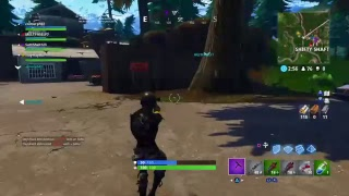 FORTNITE BATTLE ROYALE TRYING TO GET A W Free shoutouts!