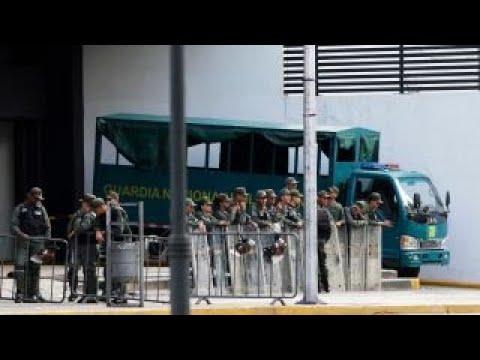 Venezuela security troops seize chief prosecutor's office