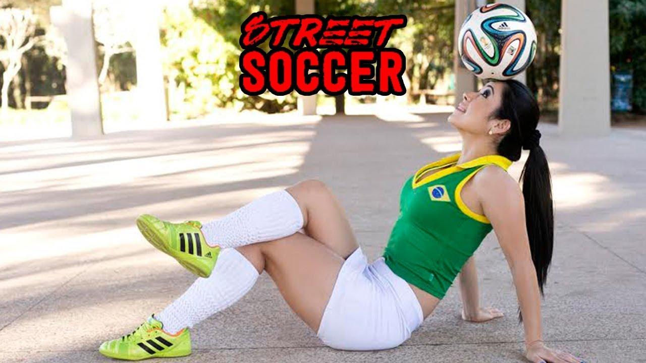 f1a527806b Raquel Benetti Beautiful Girl Street Soccer Skills Vine  6