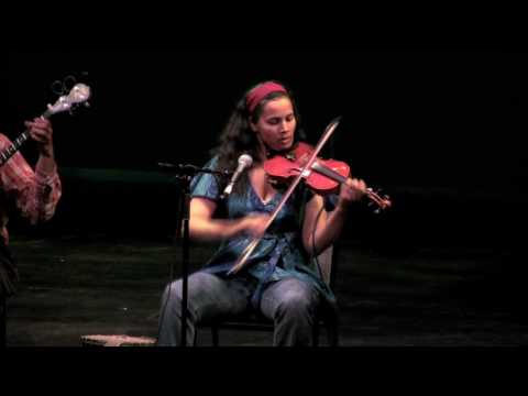Carolina Chocolate Drops - Hit 'Em Up style [HD]
