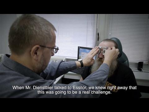 How a lens never produced before helps Mr. Ptáček to see comfortably again