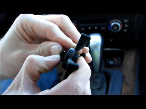 Tetrax Xway Line Magnetic GPS And Smartphone Holder Unboxing & First Look Linus Tech Tips