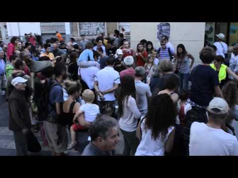 Vidéo officielle Dominoes Marseille - Station House Opera - Lieux publics 28/09/2014 (9mn)